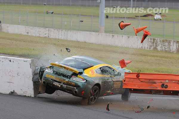 aston-martin-crash-1