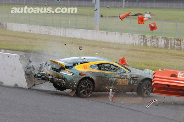 aston-martin-crash-2